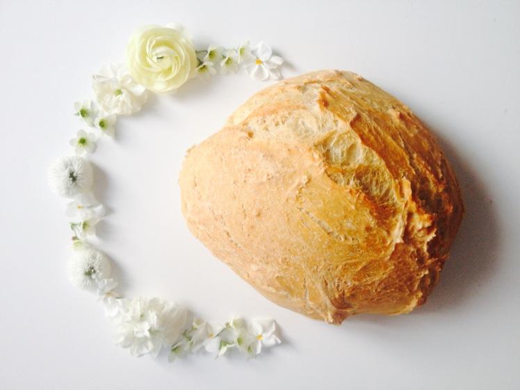 Selbstgebackenes Weizenbrot
