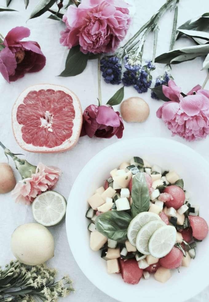 Sommer-DIY: Schnelles Rezept für Wassermelonen-Salat mit Gurke & Basilikum