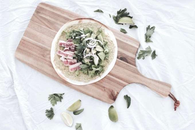 DIY Einfaches Sommer-Rezept für schnelle Wraps mit Thunfisch und Avocado
