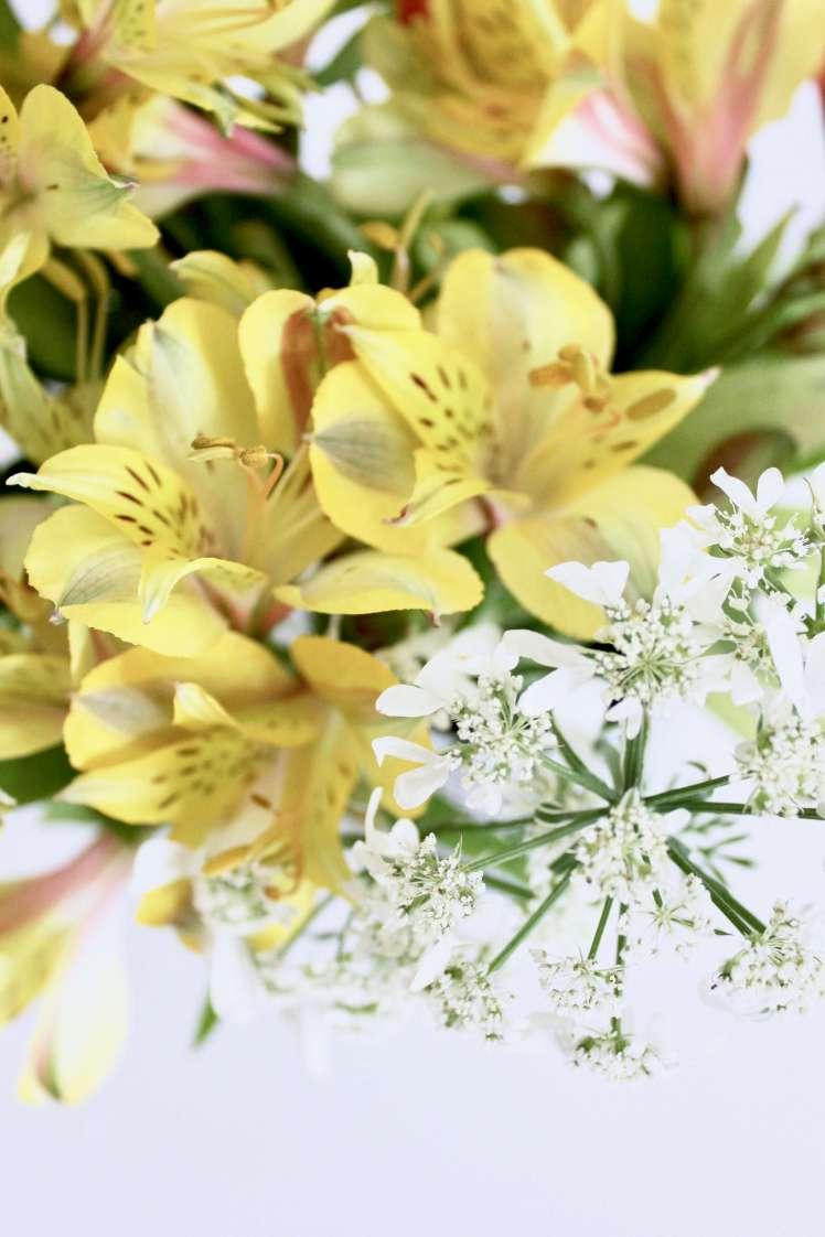 DIY: Exotischer Sommerblumenstrauß