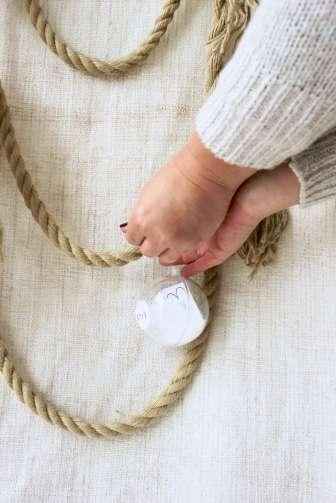 DIY-Idee aus Liebe: Adventskalender basteln für den Mann mit einer Füllung aus Sprüche