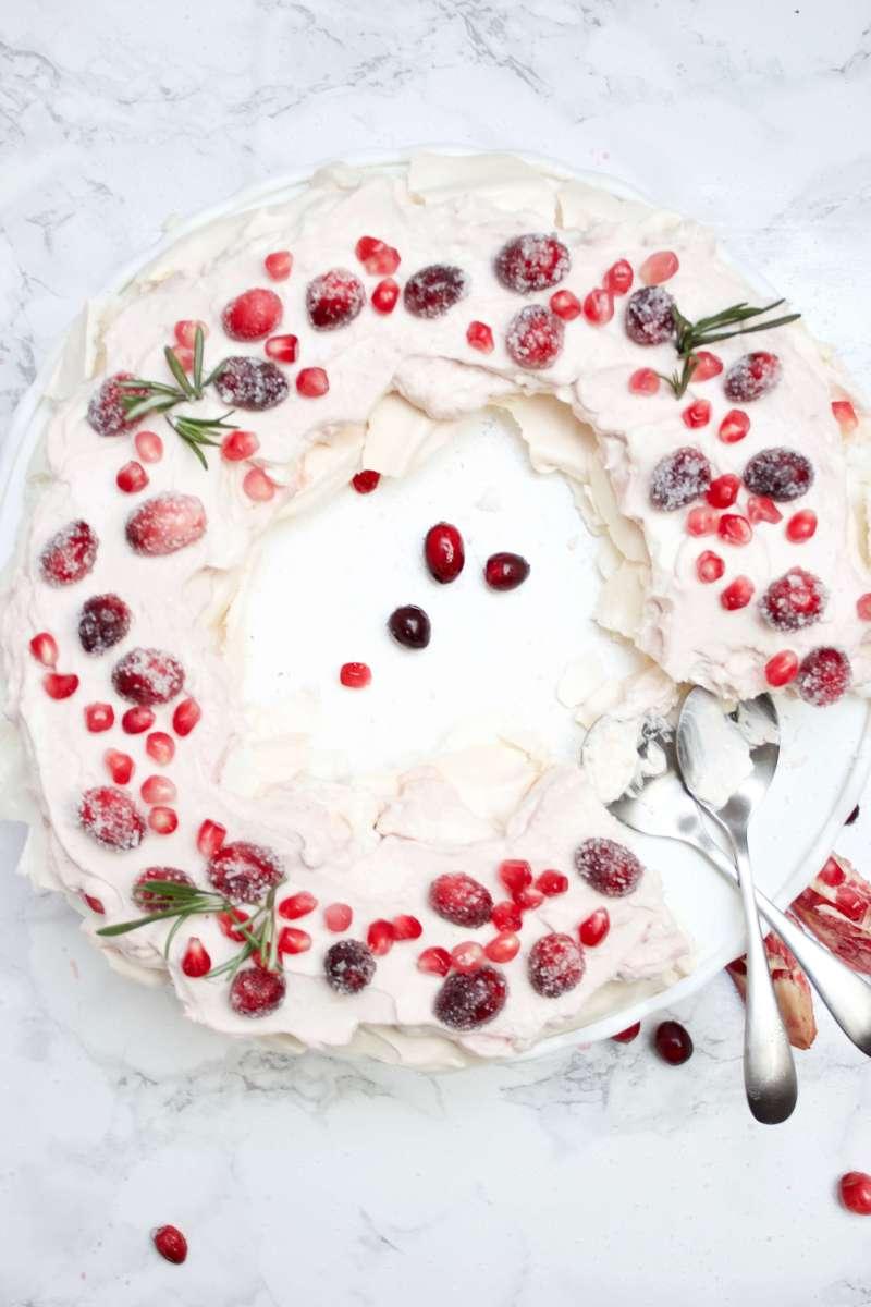 Pavlova-Rezept für Weihnachten ° Ein himmlisches Dessert mit Mascarpone, Cranberries & Granatapfel ° plus Glückblick & Lieblinge der Woche