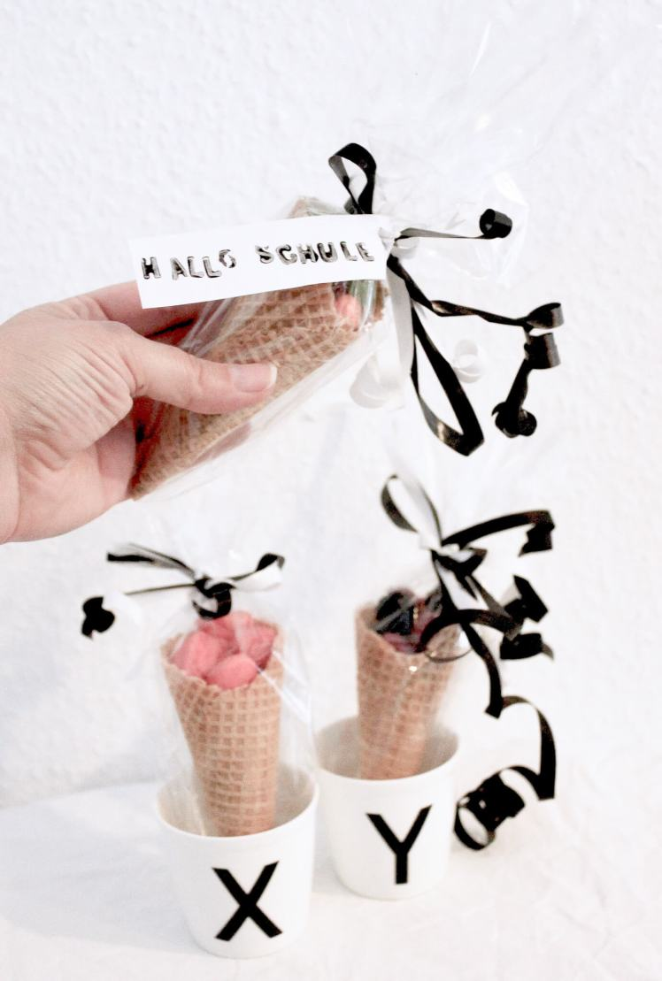 Geschenk-Ideen zur Einschulung zum Basteln und schön verpacken für Mädchen und Junge