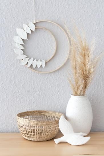 Einen schlichten Kranz für den Herbst selber machen - im skandinavischen Stil